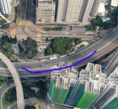 【鐮刀煞】是樓宇有天橋或街道成反弓形,即有如刀刃向自己,即為反弓,是指樓宇前面的街道彎曲成反弧形